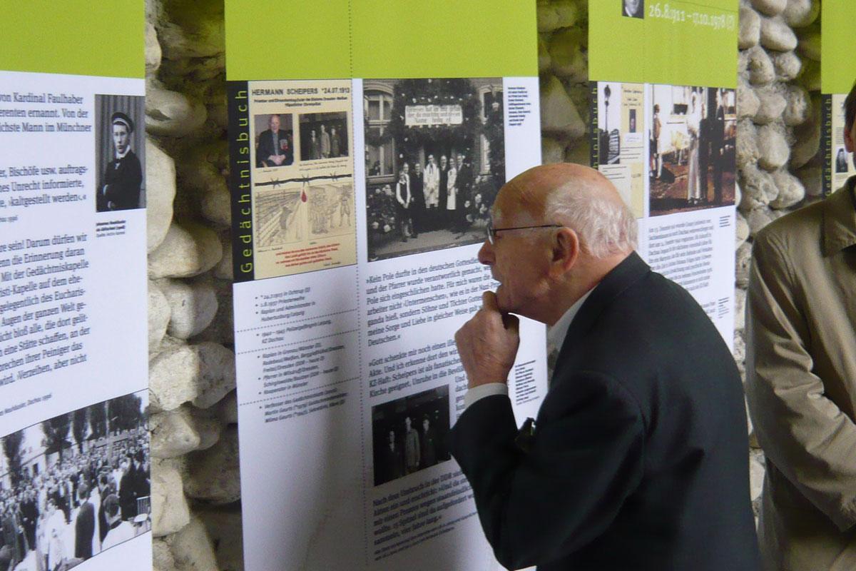 Gedächtnisbuch für die Häftlinge des KZ Dachau