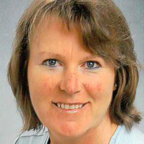 Angela Özalp